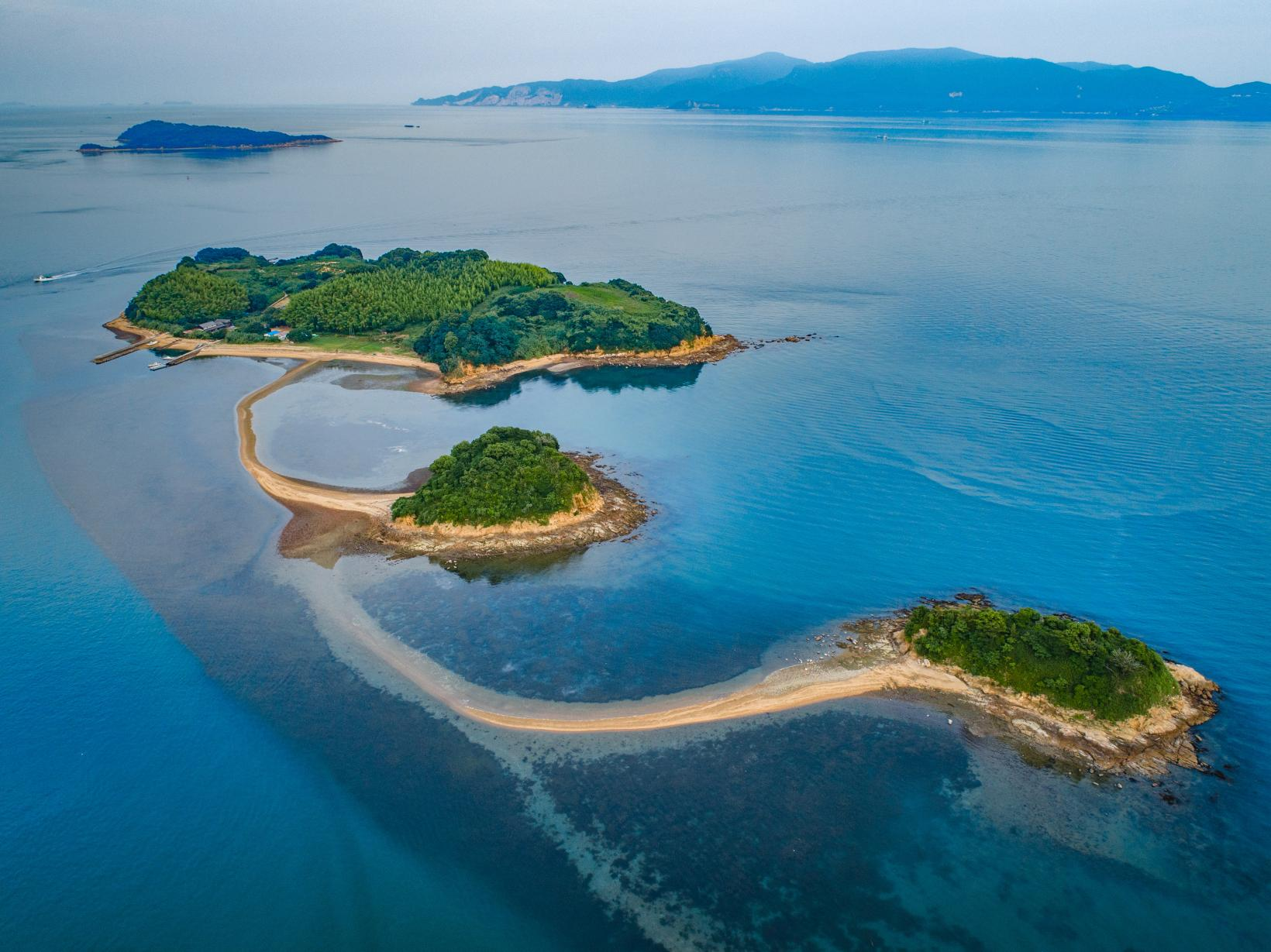 黒島ヴィーナスロード(ハートの石「女神の心」)